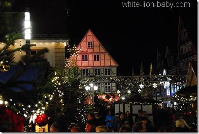 Blick über den Weihnachtsmarkt in Celle
