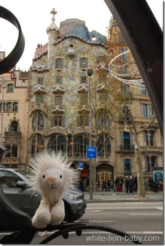 Vor der Casa Batlló