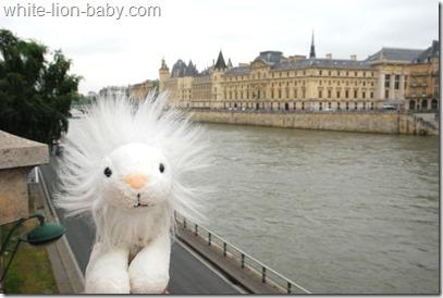 Blick zum Louvre
